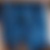 Mini pince à linge en bois bleu roy