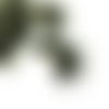 1 pendentif - breloque pompon fausse fourrure - demi lune - kaki