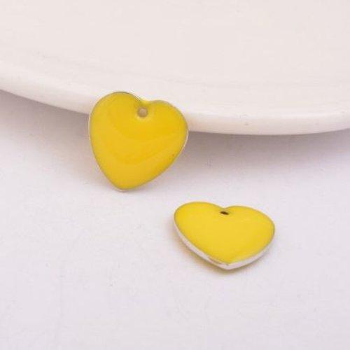 1 pendentif - sequin coeur - émaillé jaune - laiton
