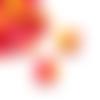 1 pendentif - breloque pompon fleurs - tons jaune - rose - fuchsia