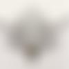 1 pendentif - plume de paon - filigrane - couleur argenté