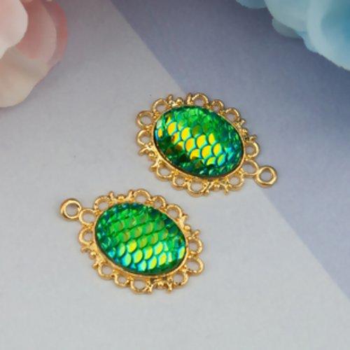 1 pendentif écaille de dragon ou sirène - résine - vert - couleur métal doré - r142