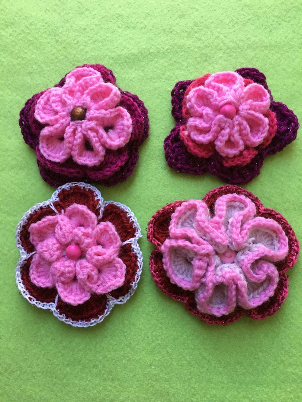 Lot de 4 motifs floraux