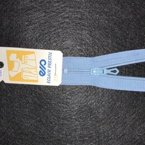 Fermeture éclair 40 cm bleu clair 508 non séparable fine 4mm z51 jupe, robe, bustier,trousse..