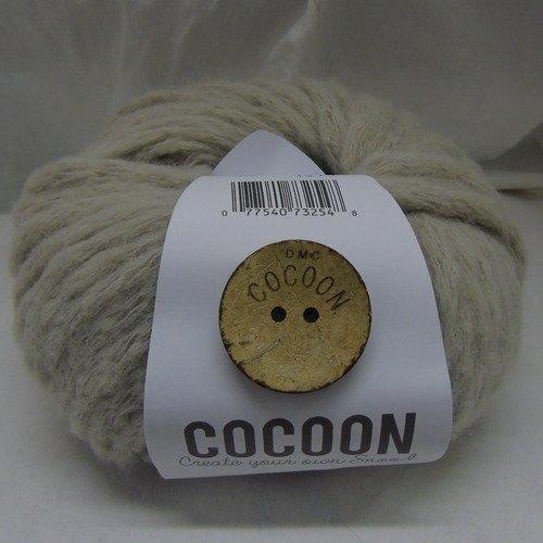 2 pelotes laine écru dmc cocoon + boutons coco