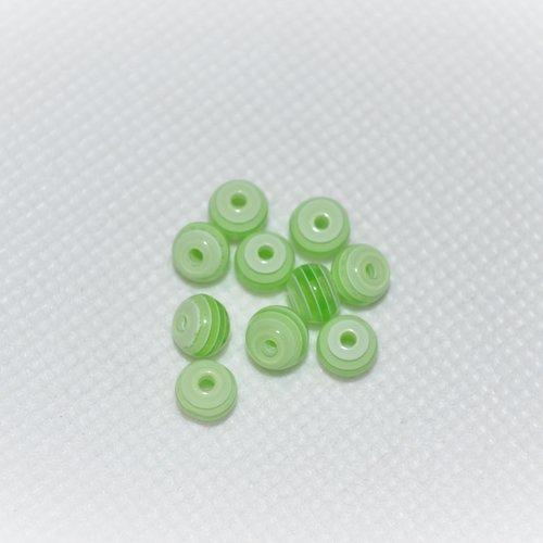Lot de 120 perles rayer vert