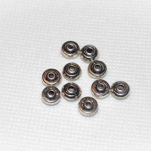 Lot de 120 perles en métal argenté