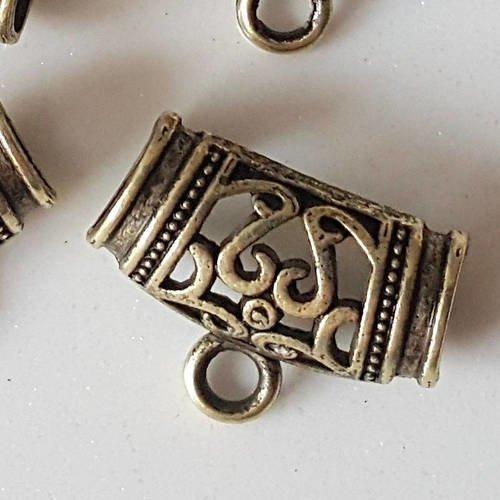4 bélière à foulard en métal bronze découpé pour foulard afin d'y attacher un pendentif  a35