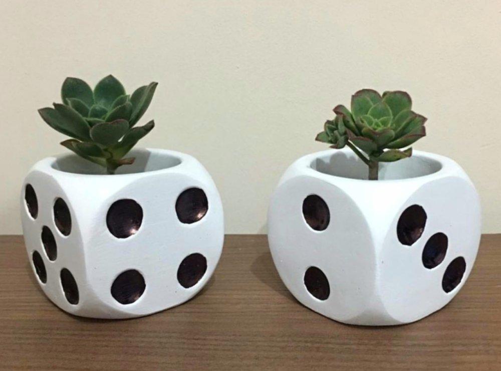 Moule Silicone Pot de Fleur 8cm Déco Dé à jouer pour Plâtre Porcelaine Cire savon Résine Argile Fimo WEPAM K580 OTK