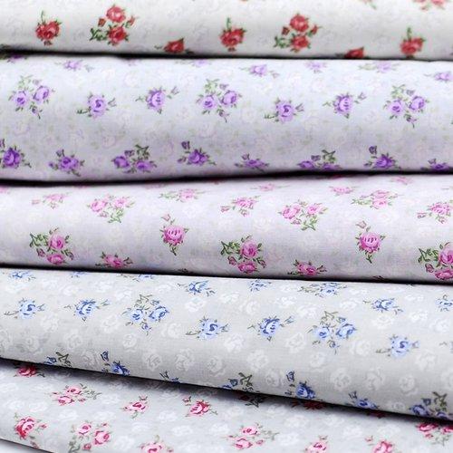 Coupon tissu rose claire 100% coton popeline déco motifs mini fleurs roses vert 1m x 1,80m pour 45 masques de protection