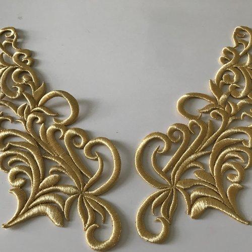 Broderie or avec fil de soie  très haute qualité