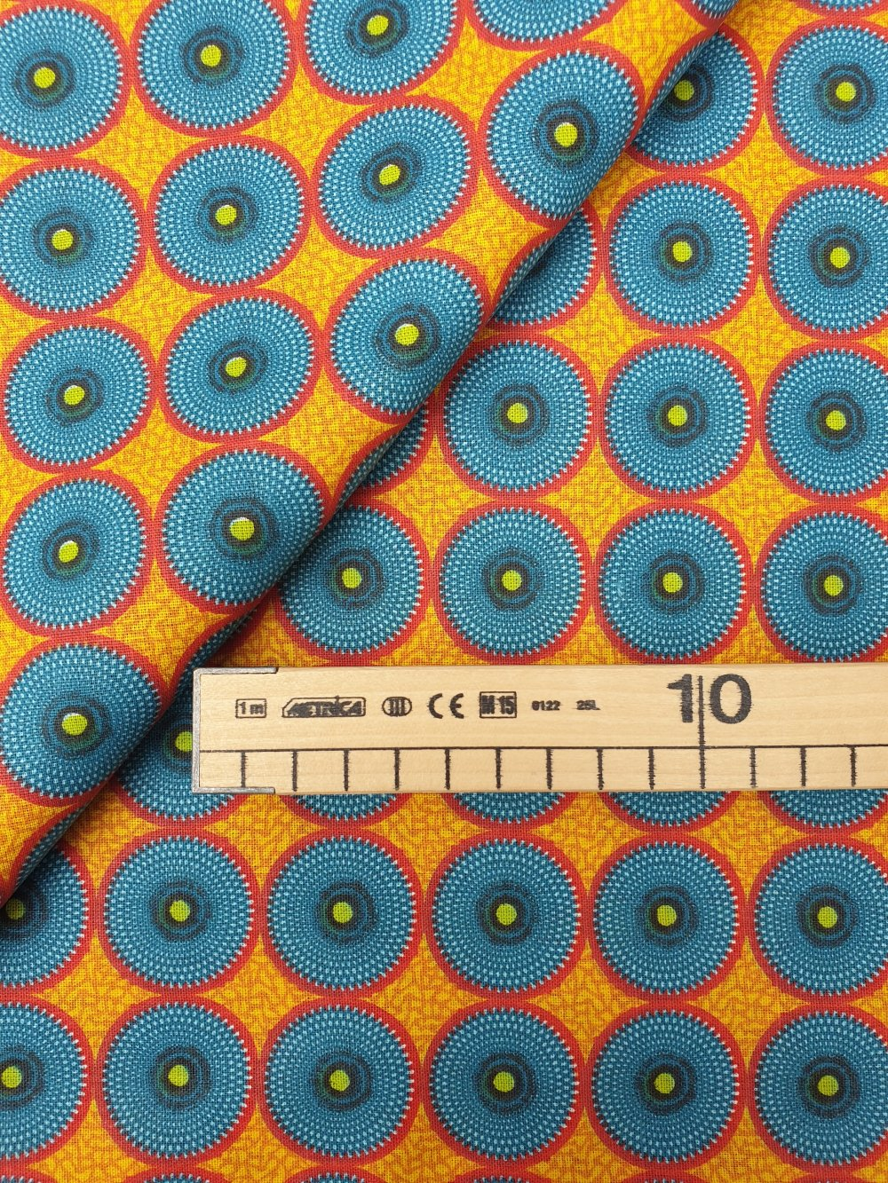Tissu,coupon de tissu 50/75 cm, 100% coton, wax, africain, jaune.