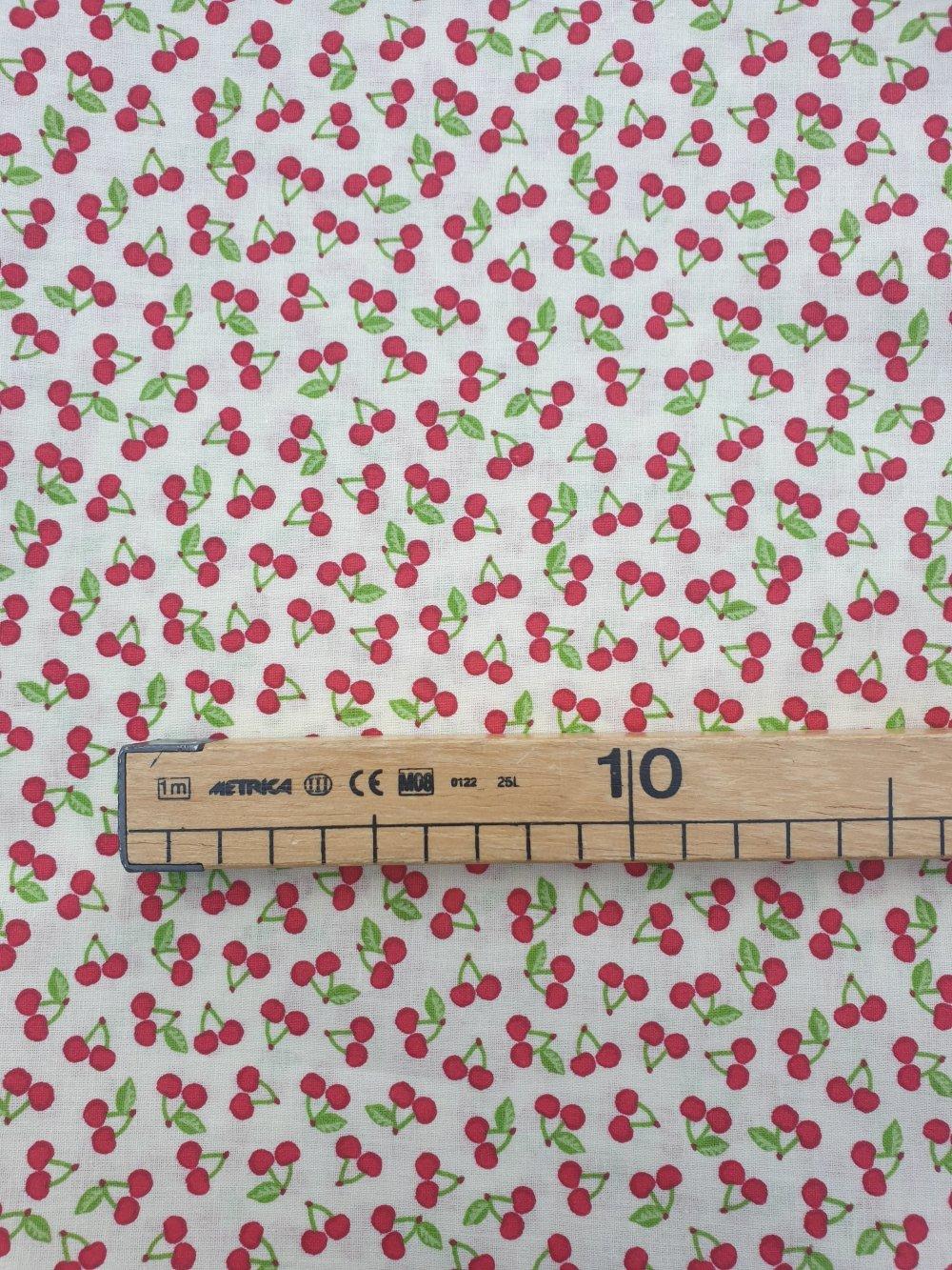 Tissu,coupon de tissu 50/75 cm, 100% coton coupon mini cerises rouge
