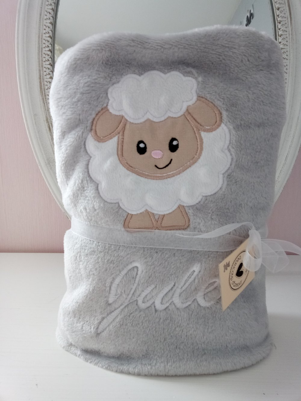 Couverture plaid polaire brodée bébé personnalisé motif mouton