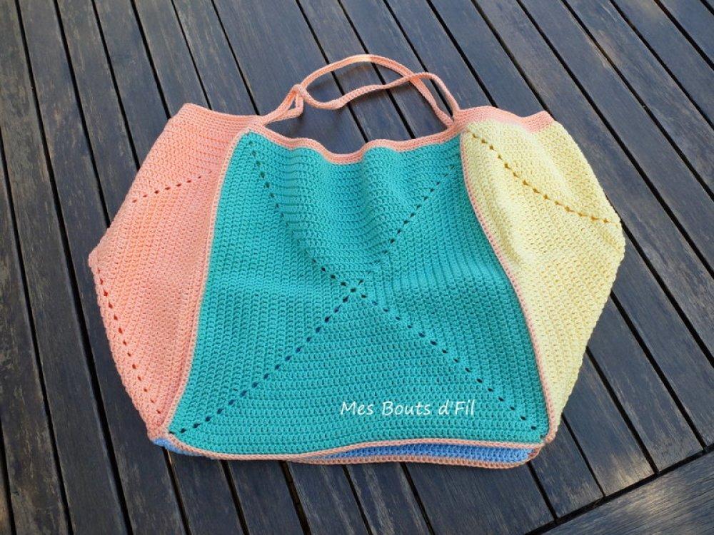Vendu - Grand sac cabas au crochet