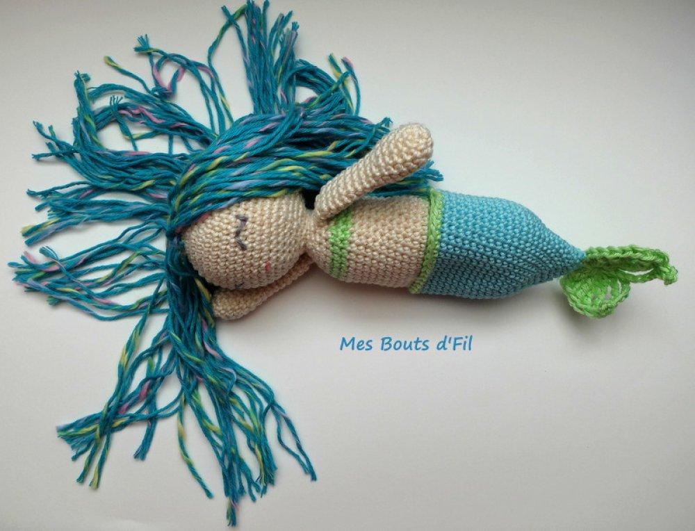 Ondine, la petite sirène au crochet