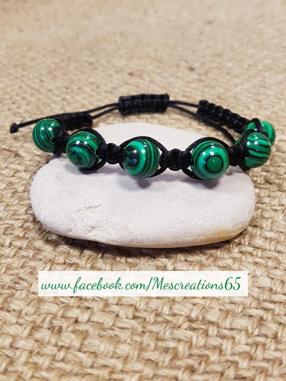 Bracelet shamballa en malachite vertes et fil nylon noir