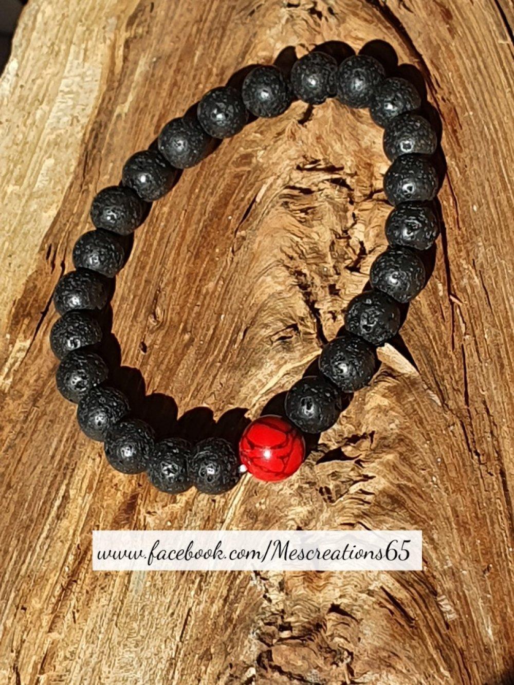 Bracelet de perles de laves volcaniques et en jaspe veinée de noir