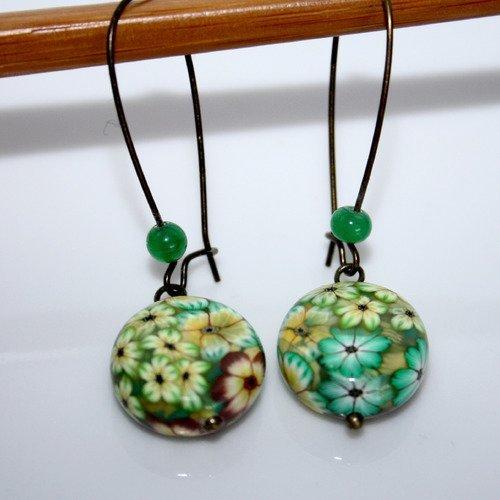 Boucles d'oreilles perles polymère fleuries jaune-vert