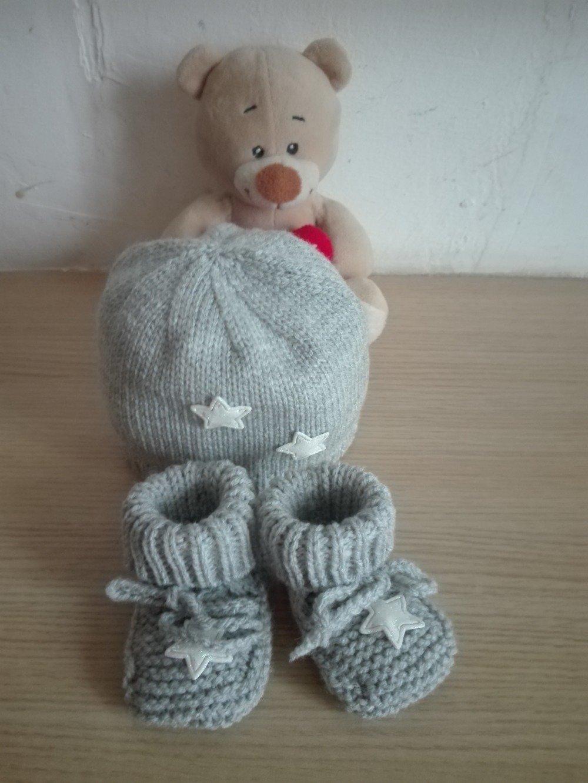 Bonnet et chaussons bébé 0/3mois