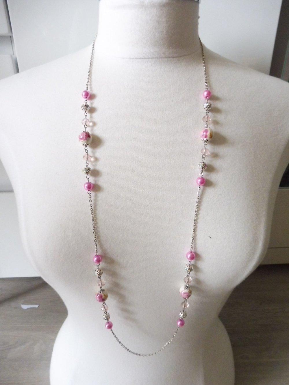 Parure rose clair sautoir et boucles d'oreilles assortis perles porcelaine, bijoux rose