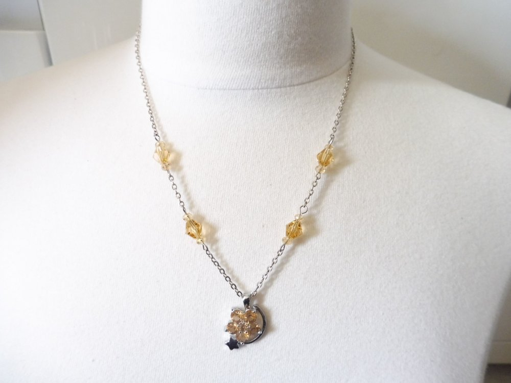 Collier pendentif fleur étoile orange clair, bijoux orange