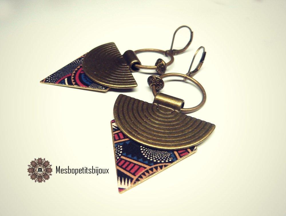 boucles d'oreilles ethniques,bijoux papier wax, inspiration wax, boucles créateur, modèle originale