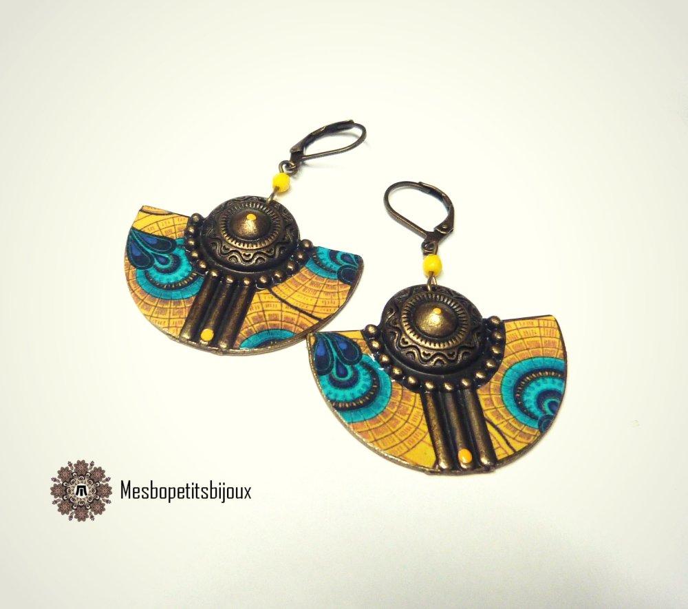 Boucles d'oreilles colorées, inspiration tissu wax jaune, boucles originales demi lune, boucles demi lune wax rose