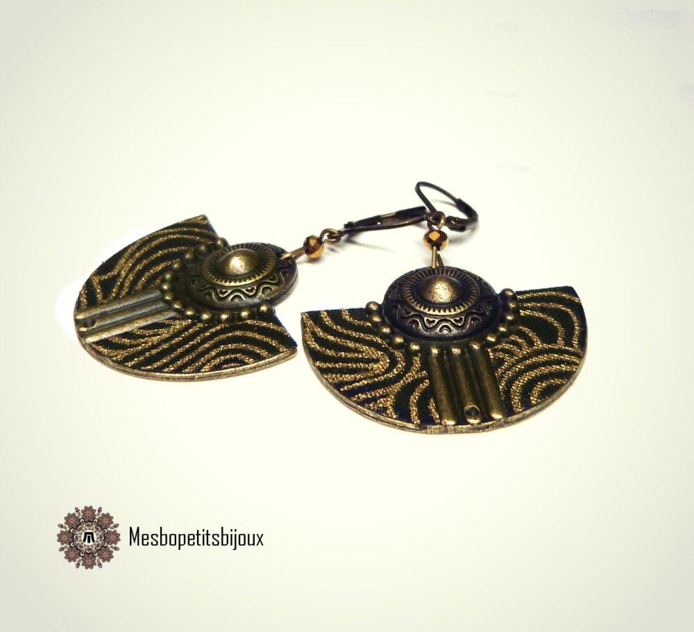 boucles d'oreilles japonisantes dorées, boucles en Tissu Japonais imprimé vague doré sur fond noir,pièce artisanale, bijoux noël