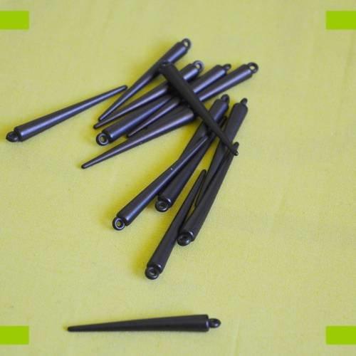 Breloques cônes noirs en acrylique