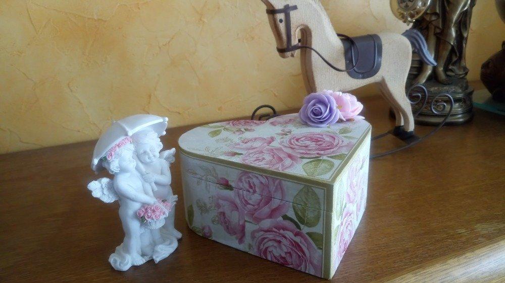 Boîte,écrin à bijoux coeur romantique
