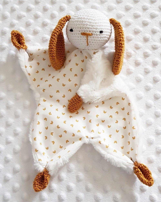 doudou lapin au crochet