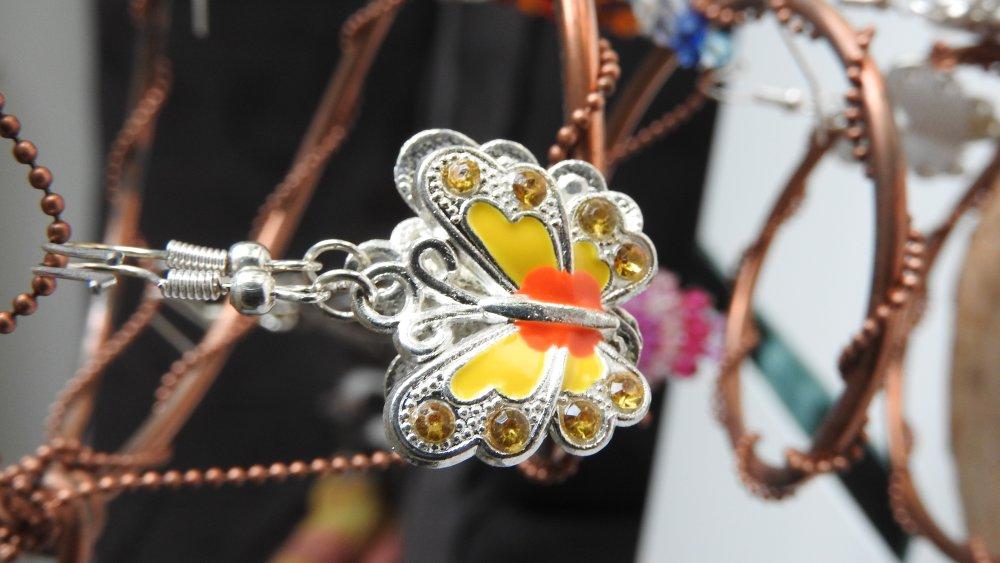 Boucles d'oreilles papillon jaunes