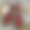 Boucles d'oreilles bohèmes, boho, hippie chic, céramique artisanale rouge bordeaux clair, perles textiles, camaïeu de roses