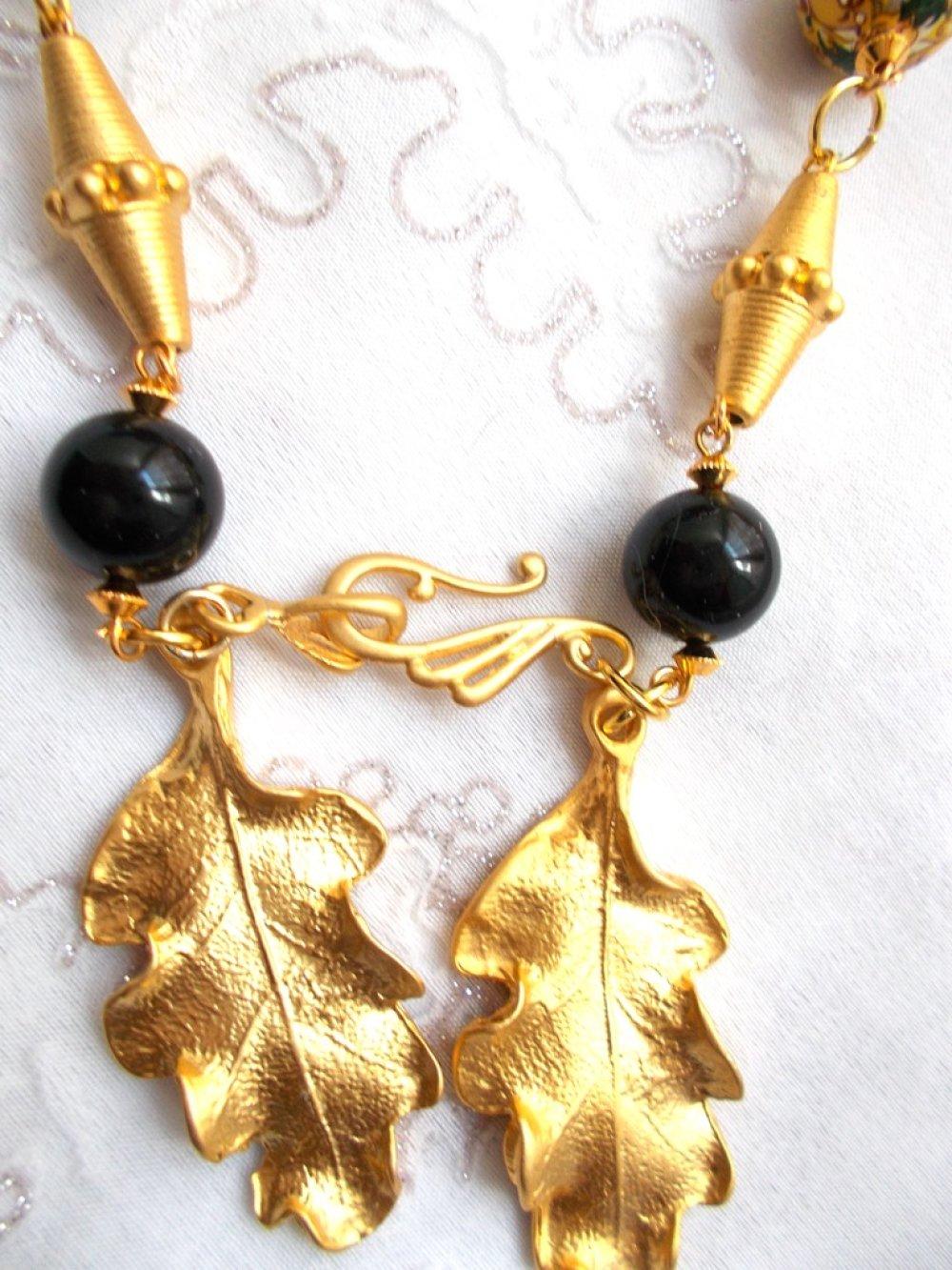 collier plaqué or 22 kt Swarovski et tensha