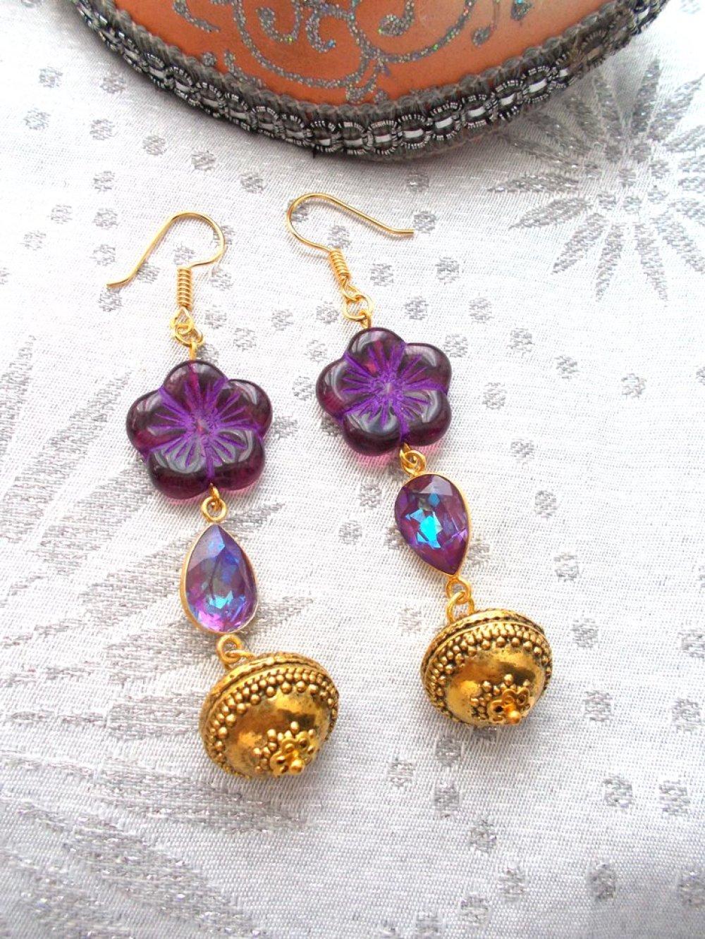 boucles d'oreilles bohème or et violet