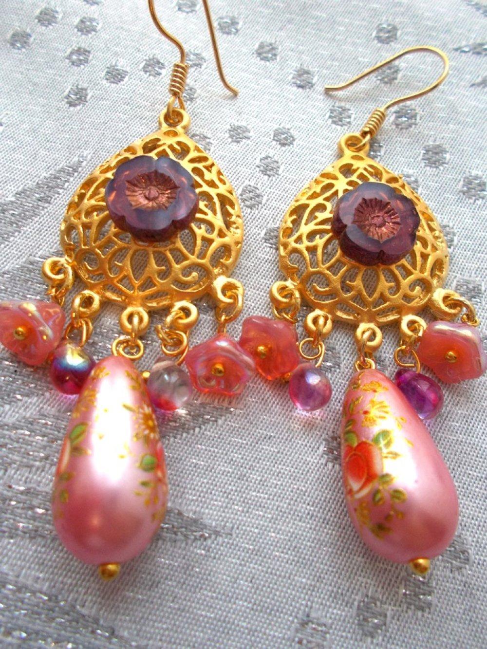 boucles d'oreilles esprit oriental en or et rose