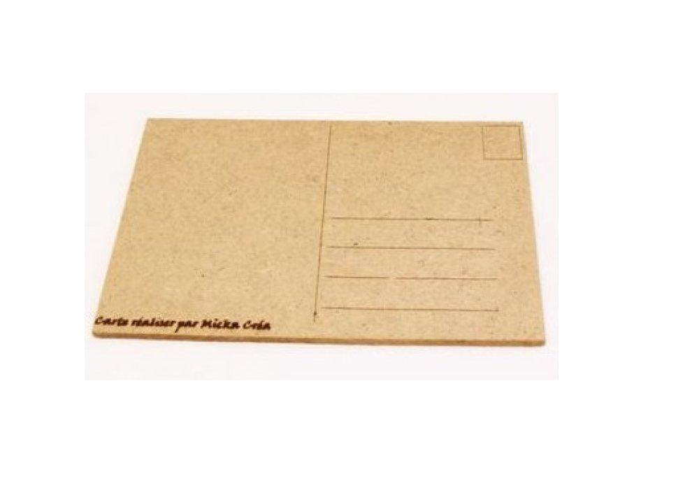 Carte postale en bois, papillon