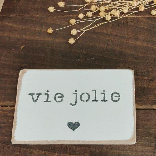 """Carte postale déco en bois peinte à la main avec pochoir """"vie jolie"""""""