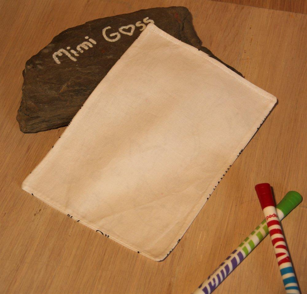 Petite feuille A5 de tissu à colorier lavable, pour un monde Zéro déchet.