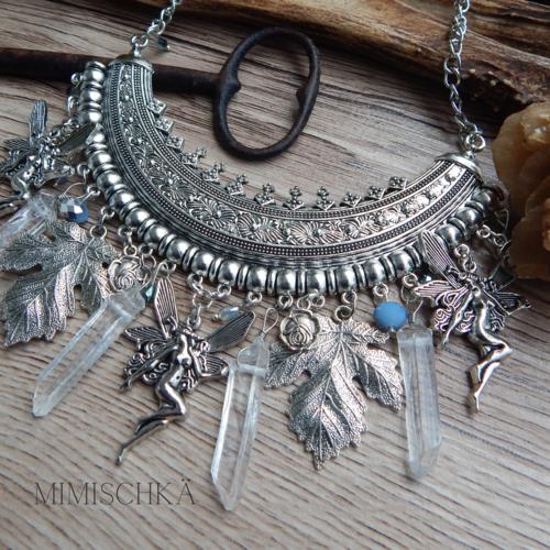 Collier fées et feuilles d'érables
