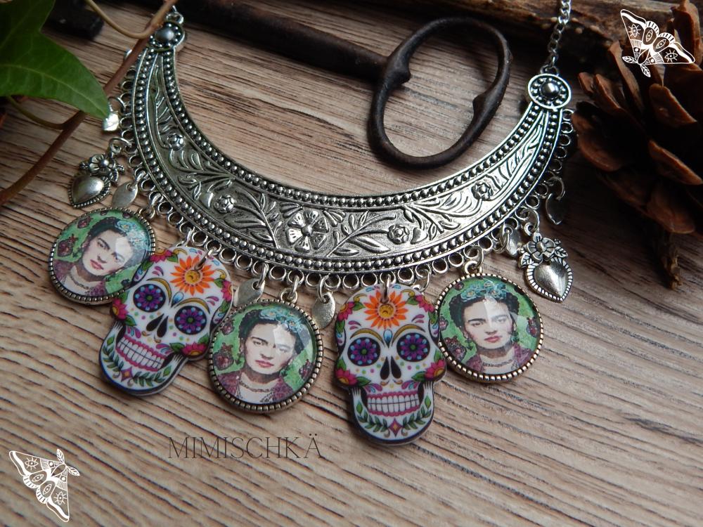 Collier gypsy bohème Frida Kahlo crânes mexicains