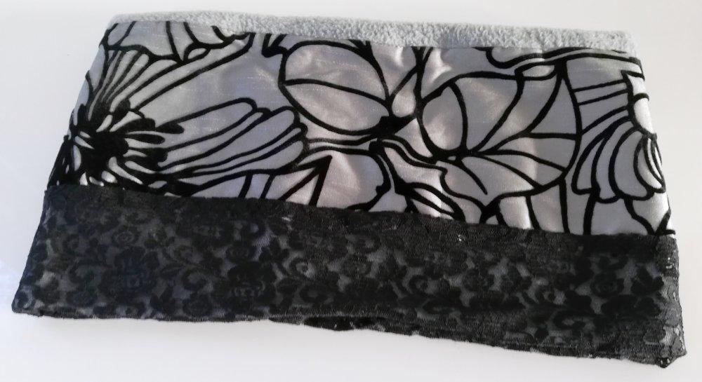 Snood, tour de cou polaire grise, dentelle noire, tissu argent chamaré velours noir