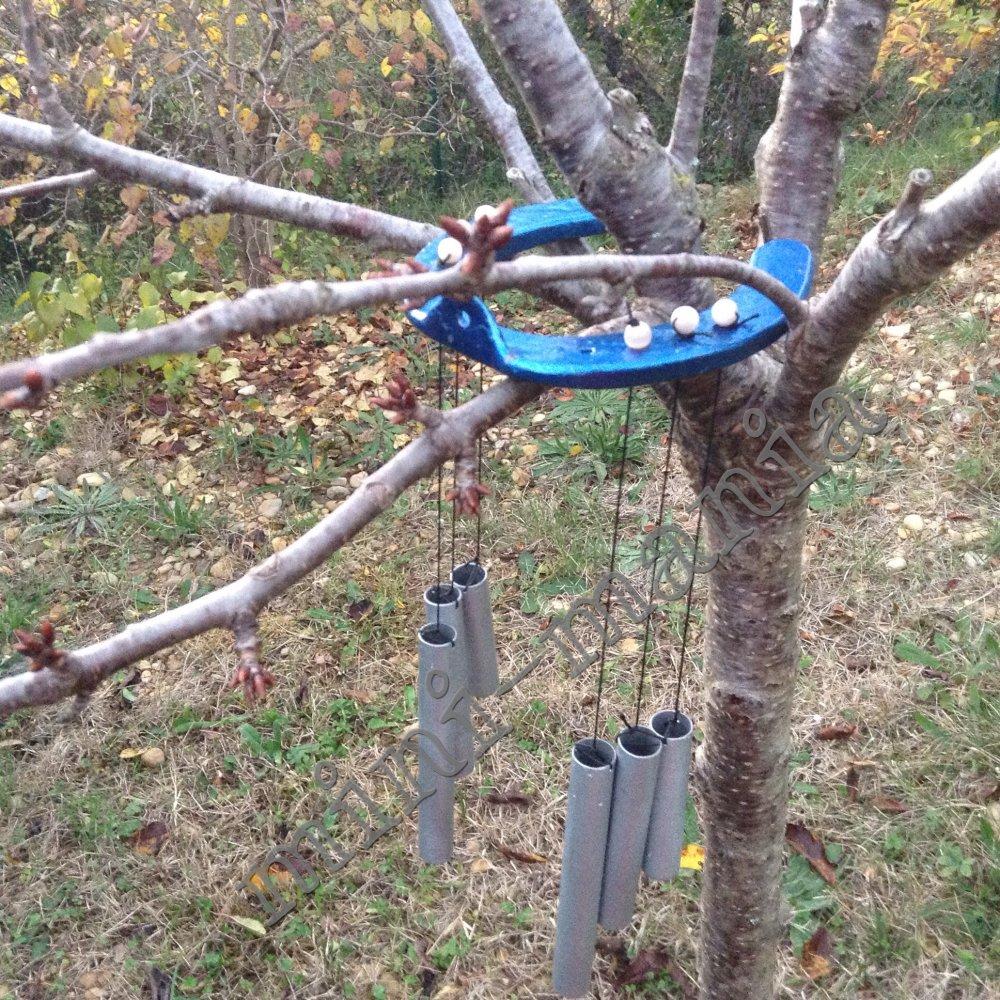 Carillon de porte ou de jardin fer à cheval bleu métallisé