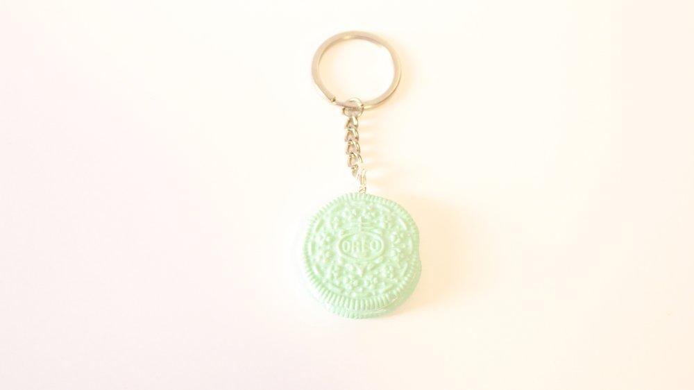 Porte clés Oreo vert pastel en Fimo