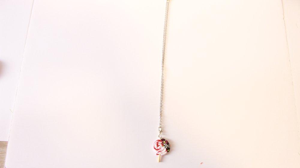 Pendentif/collier/charms lollipop pomme nappage chocolat en fimo