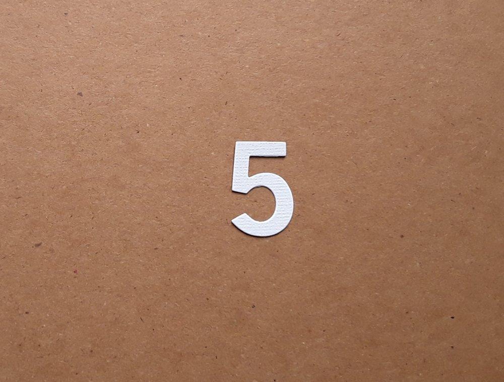 Découpe chiffre en papier, numéro 5,  3 cm