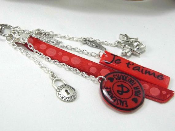 """bijoux de sac rouge """"je t'aime"""" et """"ensemble pour toujours"""" en pâte polymère"""