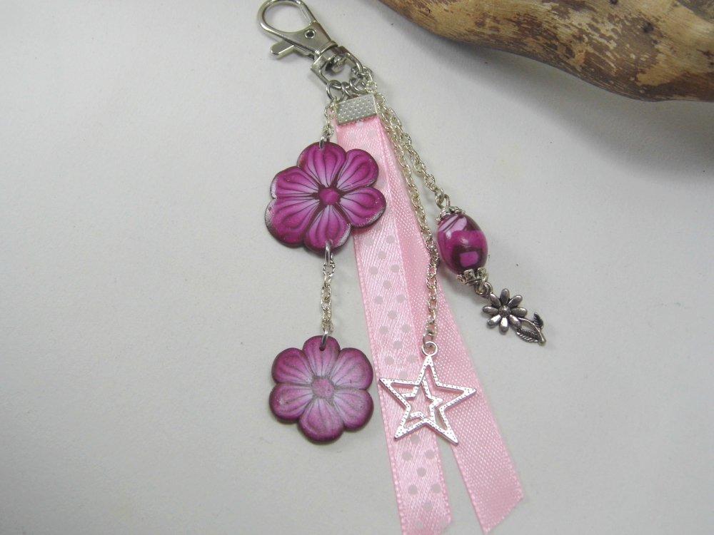 porte-clés, bijoux de sac rose et blanc en pâte polymère