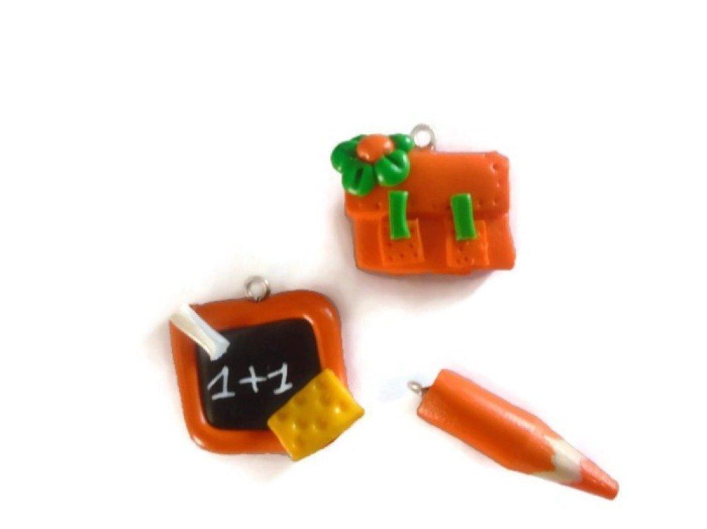 lot cartable+ ardoise+ crayon orange